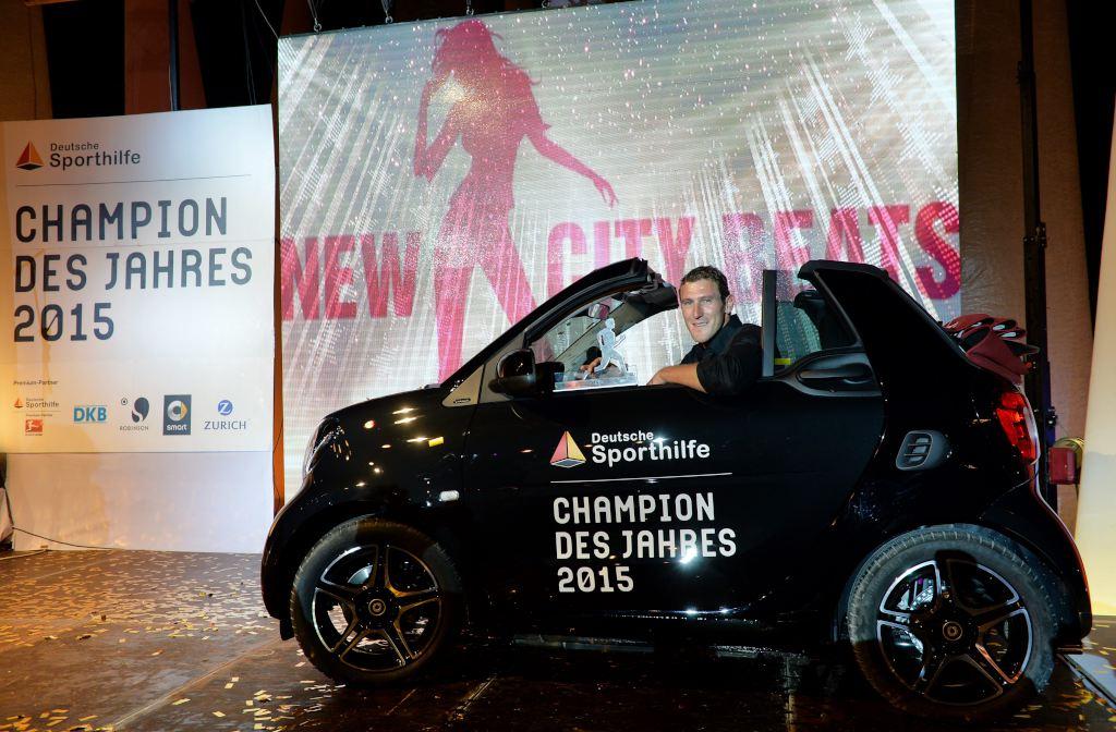 CHAMPION DES JAHRES 2015 -