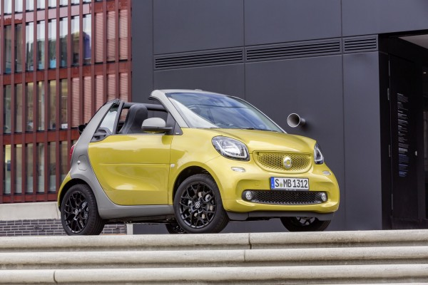 smart fortwo cabrio, prime, black to yellow / titania grey matt